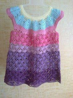 Crochet dress pattern for girls Crochet Girls Dress Pattern, Baby Dress Patterns, Baby Girl Crochet, Crochet For Kids, Crochet Patterns, Crochet Children, Crochet Summer, T-shirt Au Crochet, Pull Crochet