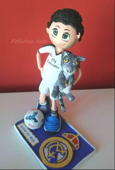 Fofucho Real Madrid con su gato de goma eva http://fofuchasnuki.blogspot.es/