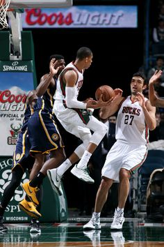 Giannis Antetokounmpo  34 of the Milwaukee Bucks passes the ball against the  Indiana Pacers on. Indiana NbaIndiana ... da64a9038