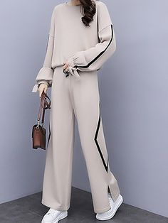 Buy Two-piece Set For Women from A-THENA at Stylewe. Online Shopping Stylewe Two-Piece Set For Women Black Beige Knitted Outfits, The Best Daytime Two. Look Fashion, Hijab Fashion, Korean Fashion, Fashion Outfits, Fashion Design, Ladies Fashion, Fashion Details, Fashion Trends, Mode Chic