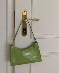 Mint Green Aesthetic, Mode Hipster, Aesthetic Bags, Aesthetic Collage, Aesthetic Photo, Aesthetic Vintage, Sacs Louis Vuiton, Accesorios Casual, Cute Bags