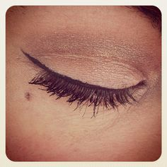 Apply a thin line of eye-liner jst along the top lashes