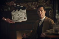 SHERLOCK: The Abominable Bride. Benedict Cumberbatch behind the scenes.