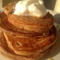 Cinnamon Protein Pancakes :: #LowCarb Delight | Brittany Blum #keto