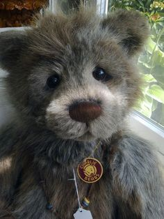 Charlie Bears - Woodford