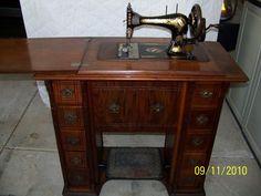 Singer Model 28 1898 HC or treadle- Victorian Decals