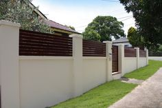 Residential Walls Gallery - Modular Walls: Estate Wall high with panel and slat infills Gate Wall Design, House Fence Design, Modern Fence Design, Brick Fence, Front Yard Fence, Wooden Fence, Brick Wall Gardens, Single Storey House Plans, Compound Wall Design
