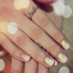 Gold ombre. Pale pink.