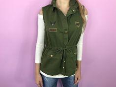 Colete tipo parka militar verde da marca Coleteria ♡ - Coletes femininos e infantis - Coleteria | sempre♡