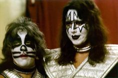 Kiss Pictures, Ace Frehley, I Fall In Love, Halloween Face Makeup, Curly, Instagram, Band, Kissing Pics, Sash