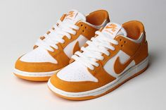 The Nike SB Blazer Mid XT returns in circuit Orange - Learn so much more about this amazing Sneakers on thenoticecentre.com