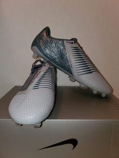 Brand new but no box is included. These are firm ground ACC cleats. They retail for $225. Message me with questions.