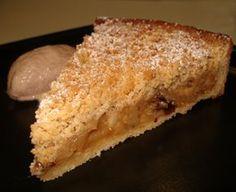 Tarta crumble de manzana pasas y canela Apple Recipes, Sweet Recipes, Cake Recipes, Dessert Recipes, Desserts, My Dessert, Eat Dessert First, Pie Cake, No Bake Cake
