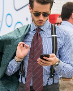 I need more ties — anthonyknaape: Perfect summerstyle! Suspenders Outfit, Braces Suspenders, Business Attire For Men, Business Outfit, Mens Attire, Mens Suits, Suit Men, Smart Casual Outfit, Casual Outfits