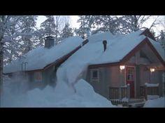 Na dachu jego domu zalegał śnieg. Wpadł na szalony pomysł pozbycia się go w kilka minut! - Genialne