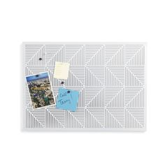 Amazon.de: Umbra 470790-660 Wall Display Trigon Pinnwand, schwarzes Brett, Informationstafel