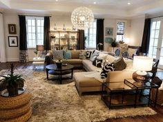 Transitional | Living Rooms | Linda Castle : Designers' Portfolio : HGTV - Home & Garden Television#//room-living-rooms/style-transitional