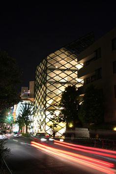Prada flagship store - HERZOG ET DE MEURON