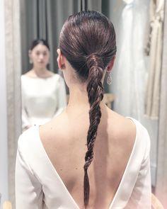 Princess Hairstyles, Party Hairstyles, Bride Hairstyles, Bridal Makeup, Bridal Hair, Braid Styles, Short Hair Styles, Dark Eyebrows, Hair Arrange
