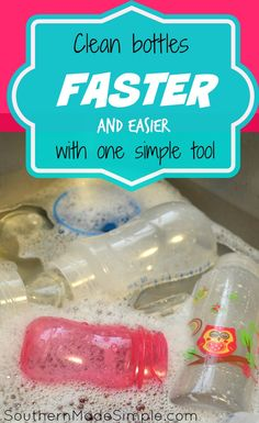 Tied of cleaning all of those baby bottles? Clean them faster and easier with this! Baby Bottle Organization, Baby Bottle Storage, Washing Baby Bottles, Cleaning Bottles Baby, Bottle Feeding Breastmilk, Dr Brown Bottles, Bottle Cleaner, Clean Bottle, Baby Shower Fun