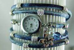 Eine Wickelarmbanduhr in Batik Blau – passt perfekt zur Jeans!