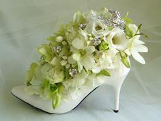 High Heel Flower Centerpiece, Flower Shoes, pretty gift for a bride and bride maids Silk Flower Arrangements, Flower Centerpieces, Flower Decorations, Wedding Centerpieces, Creative Flower Arrangements, Centrepieces, Deco Floral, Arte Floral, Ikebana
