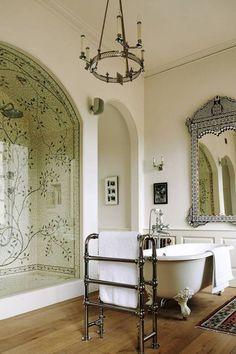 Georgian Bathroom Ideas and Style Guide - Victorian Bathrooms 4u Dream Home Design, My Dream Home, Georgian Homes, Georgian Interiors, Bathroom Inspiration, Bathroom Ideas, Bathroom Mirrors, Bathroom Cabinets, Bathroom Faucets