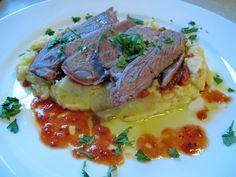 Lammestek med kålrot og gulrøtter er godt.   -av Terje Dørumsgaard Steak, Beef, Food, Meal, Hoods, Ox, Steaks, Ground Beef, Eten