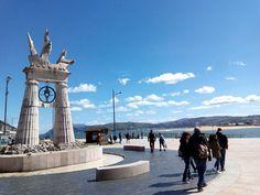 27/03/16 El monumento a Juan de la Cosa, en el paseo marítimo, haciendo frente a la bahía. En Semana Santa... ¡Santoña te espera!  #santoñateespera #turismosantoña #yosoydesantoña