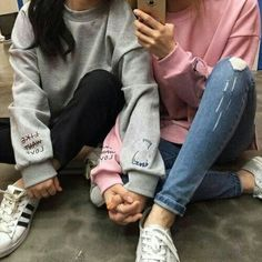 Image about girl in Lesbian Love by Metschgi on We Heart It Cute Lesbian Couples, Cute Couples Goals, Lesbian Love, Couple Goals, Best Friend Pictures, Bff Pictures, Friend Photos, Girlfriend Goals, Girl Couple