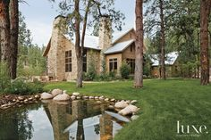 Western Romance: Smitten With a Scenic Property | LUXE Source