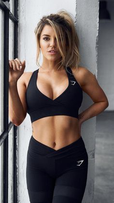 35 Best Sport Outfit Fitness Women's Gym & Workout Clothes Fitness Outfits, Womens Workout Outfits, Fitness Fashion, Sport Outfits, Women's Fashion, Fashion Trends, Fashion Outfits, Fitness Apps, Moda Fitness