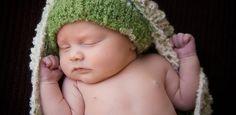 Sarasota area newborn photography. www.catchastarphotography.com
