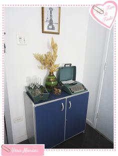 Pequenos espaços - Como decorar atrás de uma porta?