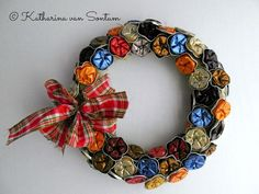 Serviettenringe, Nespresso upcycling, Nespresso-Serviettenringe, Serviettenringe... Christmas Art, Christmas Wreaths, Christmas Decorations, Holiday Decor, 4th Of July Wreath, Ornaments, Handmade, Christmas 2016, Garland