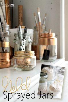 Elle masque des pots de verre récupérés, ce qu'elle en fait est pratique et décoratif! - Décoration - Des idées de décorations pour votre maison et le bureau - Trucs et Bricolages - Fallait y penser !