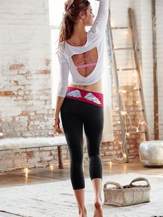 VSX Sport | Workout Clothes for Women | Sport Bras | Tank Tops | Leggings | Workout Shorts | Yoga Clothes | Gym Clothes | SHOP @ FitnessApparelExpress.com