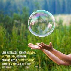 Leef met passie, zonder remming #gedicht #gedichten