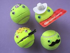 Use the mouth to hold important items, or hide things inside. Choose hat, mustache, jewels, bow tie(Camping Hacks For Teens) Coach Gifts, Team Gifts, Tennis Ball Crafts, Tennis Decorations, Jouer Au Tennis, Tennis Party, Tennis Players, Smiley, Crafts For Kids