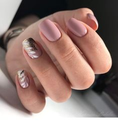 sensational winter nail colors to make you feel warm latest fashion trends for women 76 Classy Nails, Stylish Nails, Simple Nails, Trendy Nails, Love Nails, Pink Nails, Pretty Nail Art, Minimalist Nails, Cute Acrylic Nails