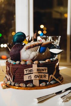 Duck Hunter Groom's Cake by @jonathanivy #groomscake #duck #duckcake