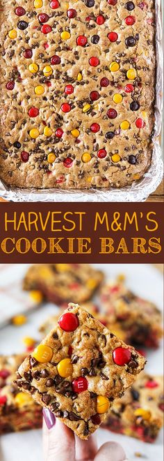 These Harvest M&M'S Cookie Bars are perfect for fall. Loaded with chocolate chips and Harvest Mix M&M'S, these cookie bars are great for feeding a crowd. Harvest M&M's Cookie Bars - Harvest M&M's Cookie Bars for Halloween or Thanksgiving Köstliche Desserts, Holiday Desserts, Delicious Desserts, Dessert Recipes, Yummy Food, Autumn Desserts, Creative Desserts, Healthy Desserts, Dinner Recipes