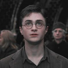 Mundo Harry Potter, Harry Potter Icons, Harry Potter Feels, Harry James Potter, Harry Potter Pictures, Harry Potter Aesthetic, Harry Potter Cast, Harry Potter Characters, Harry Potter World