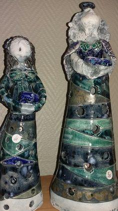 Operadamer i keramikk