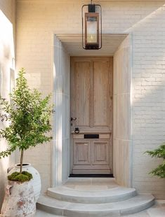 Exterior Design, Interior And Exterior, Orange Front Doors, Cheap Home Decor, Architecture, Decoration, Home Remodeling, Sweet Home, Villa