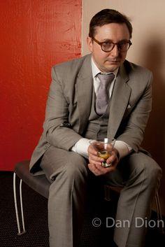 Portrait of comic and writer John Hodgman by photographer Dan Dion.