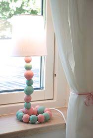 Pems platser: Lampa-DIY in pastel Kids Room, Decor, Diy Lamp, Inspiration, Cool Diy, Girl Nursery, Home Decor, Wooden Bead Garland, Room