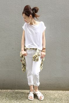 allwhiteはLovely 足元の casualSandalがnice☆  L'Appartement DEUXIEME CLASSE コーディネート