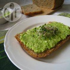 Pasta z awokado na kanapki (guacamole) - http://allrecipes.pl/przepis/9673/pasta-z-awokado-na-kanapki--guacamole-.aspx