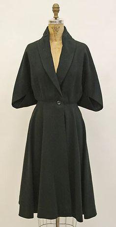 Coat Madame Grès (Alix Barton) (French, Paris Var region) Date… Madame Gres, Vintage Outfits, Vintage Dresses, 1950s Fashion, Vintage Fashion, Estilo Retro, Vestidos Vintage, Costume Institute, Vintage Mode